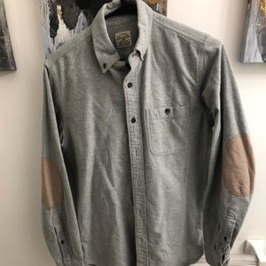 J. Crew men's xsmall woke shit with padded elbows